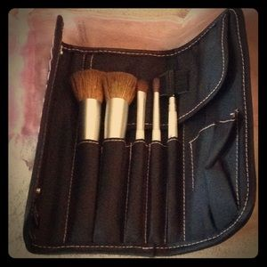 Brand new Mary Kay makeup brushes